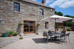 castallack farmhouse courtyard
